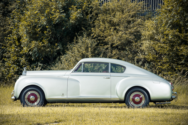 1951-rolls-royce-silver-dawn-coupe-by-pininfarina-side-silverstone-auctions
