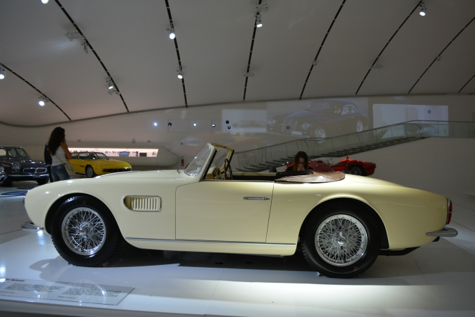 1957-maserati-150gt-fantuzzi-spider-2d