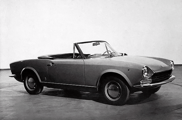 1966-pininfarina-coupe-and-the-fiat-124-spider