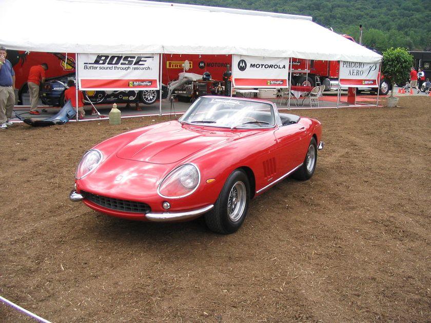 1967-ferrari-275-gtb-4-nart-spyder-pininfarina