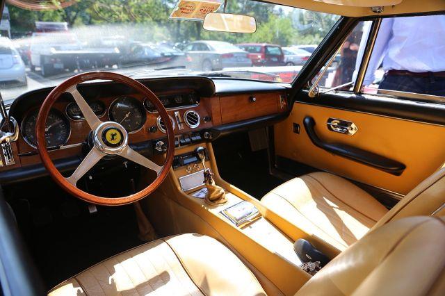 1968-interior-of-ferrari-330-gt-22-pininfarina-serie-ii