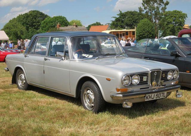 1971-75-lancia-2000-pininfarina-berlina-1973-1991cc