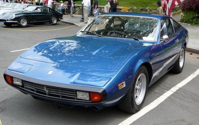 1972-ferrari-365-gtc-4-pininfarina