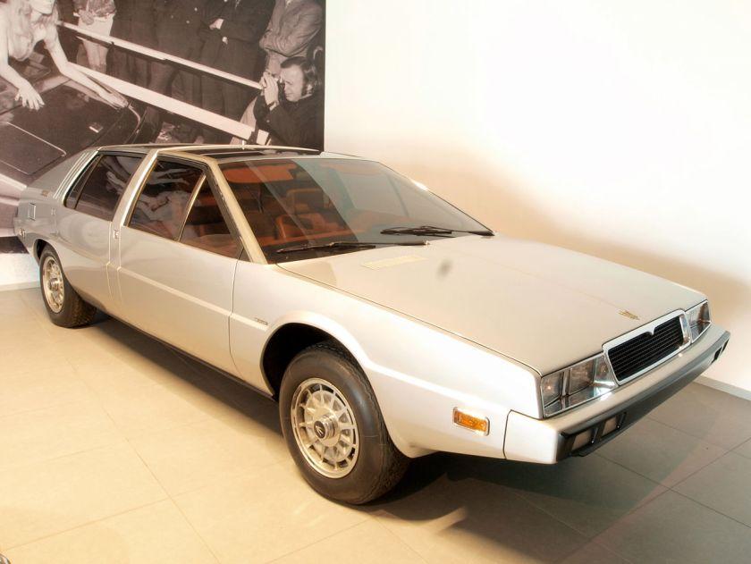 1974-maserati-medici-pininfarina-show-car