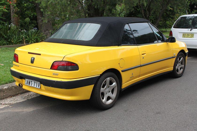 1999-02-peugeot-306-n5-cabriolet-pininfarina-closed