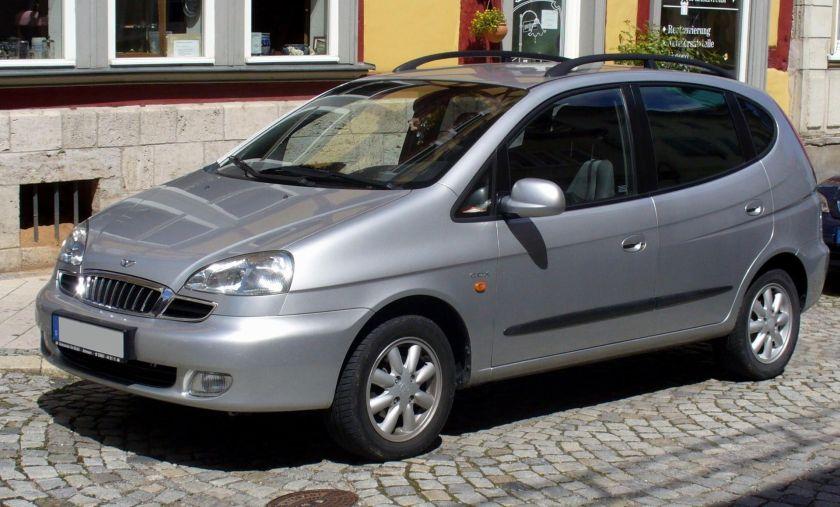 2000-present-daewoo-rezzo-pininfarina-front