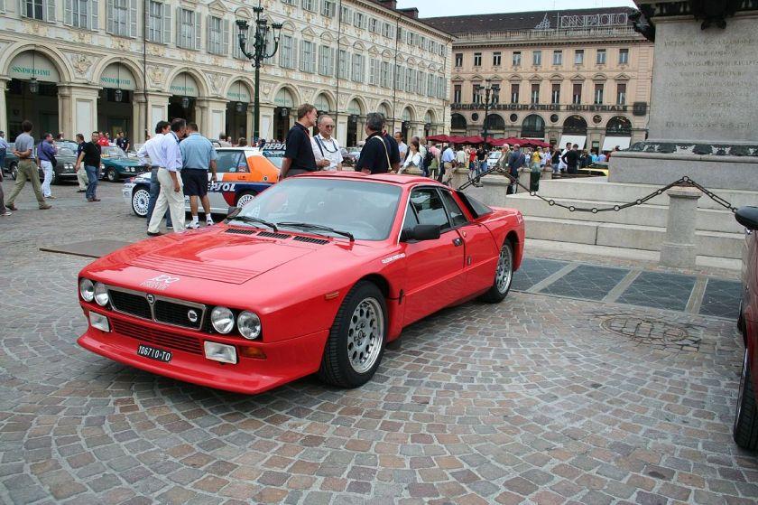 pininfarina-designed-lancia-037-en-version-stradale