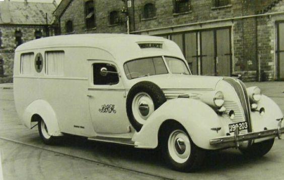 1936 Chevrolet Matane 1940, Première Ambulance Leon Sihors NL