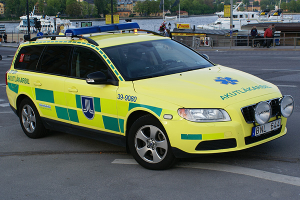 Doctor fly-car (Medic-car), Volvo V70, in Stockholm Sweden