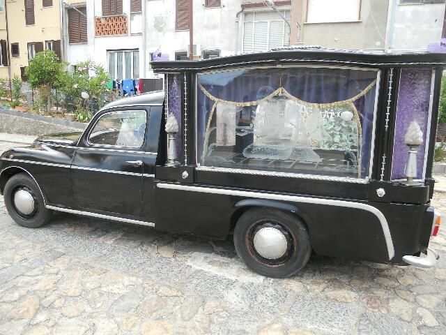 https://myntransportblog.files.wordpress.com/2018/04/1951-lancia-aurelia-b10-hearse.jpg?w=840