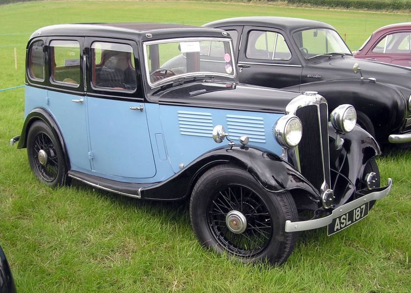 1933 Standard Ten 4-door saloon