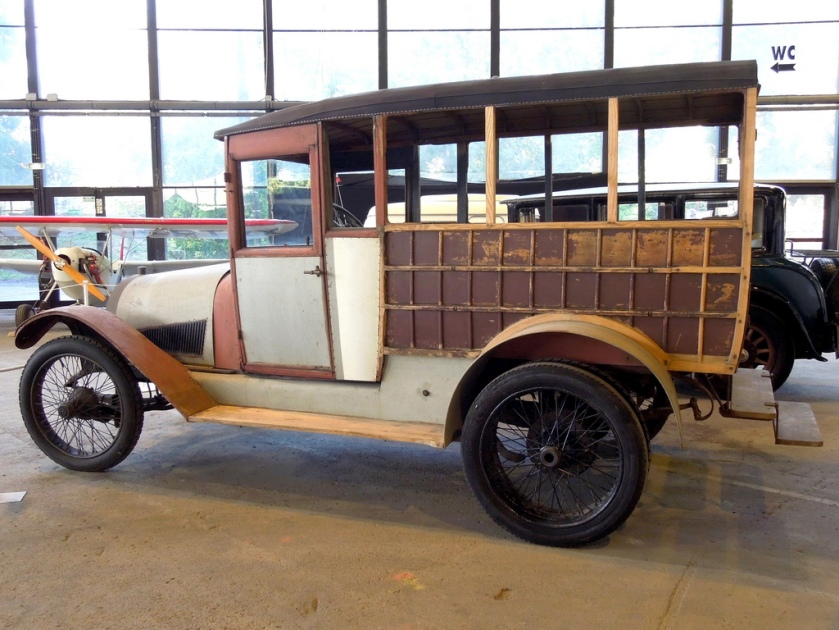 1913 Hotchkiss Z2 side + load