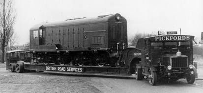 1929 Scammell 100 tonner. First built in 1929, Pickfords operated them into the 1950's