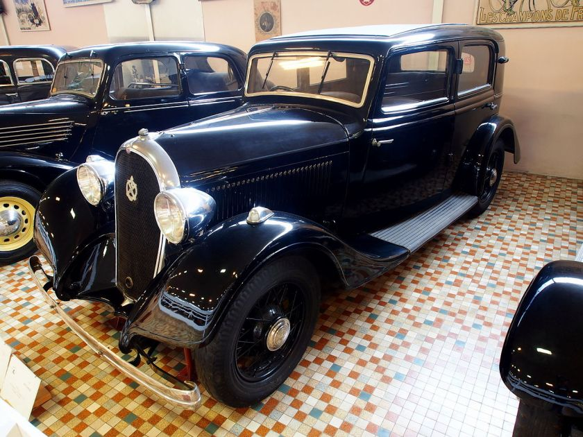 1934 Hotchkiss 411 at the Musée Automobile de Vendée pic-3
