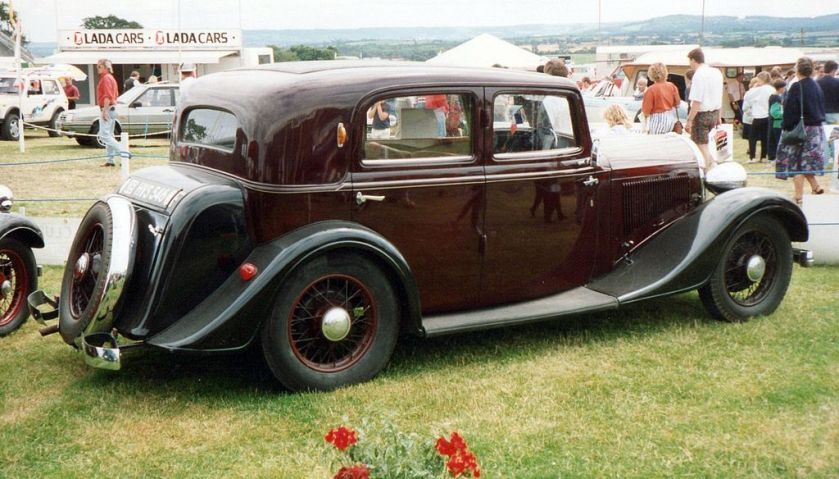 1934 Hotchkiss 413 Cabourg rear side