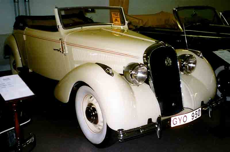 1937 Hotchkiss 686 PN Cabriolet 1