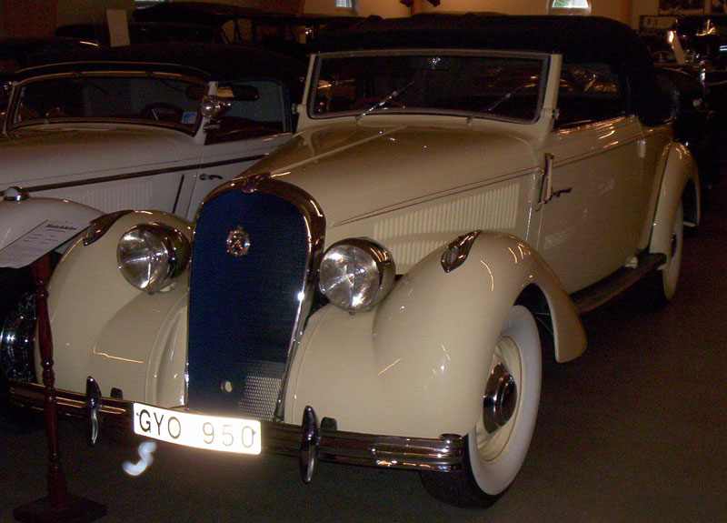 1937 Hotchkiss 686 PN Cabriolet 2