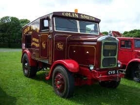 1939 Scammell Showtrac replica (CYS 1) fairground ballast tractor