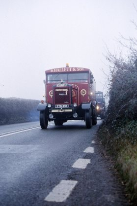 1944 Scammell heavy haulage lorry FTD812 'Gentle Giant'