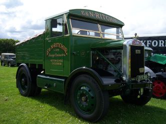 1945 Scammell (DYS 319) ballast tractor