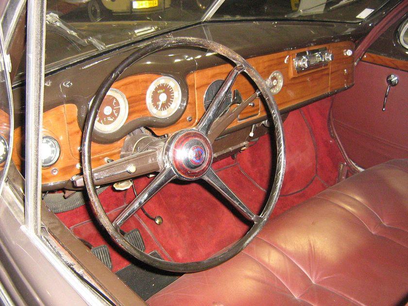 1951 Hotchkiss Gregoire-interior
