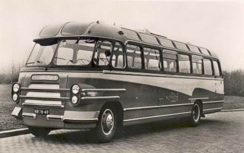 1953 Bedford SB with Hainje coachwork