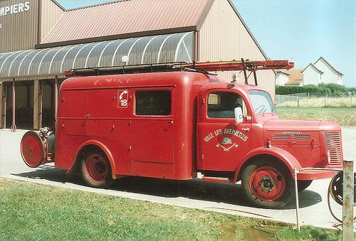 1955 Hotchkiss PL20 fourgon d'incendie