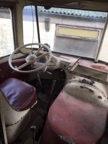 1956 Hotchkiss truck cockpitt