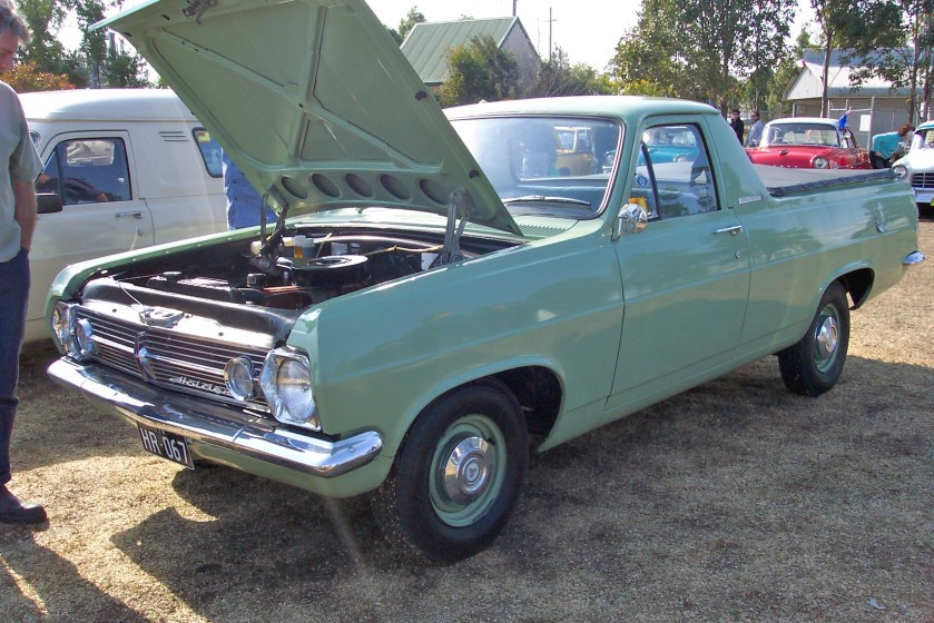 1967 Holden HR utility (5114185470)