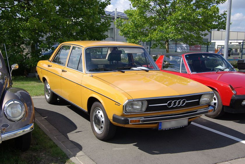 1974 Audi 100 C1, 1600 cm³, 85 PS (1974-1976)