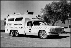 1974-hx-holden-six-wheels-amb