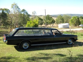 1976-holden-hearse
