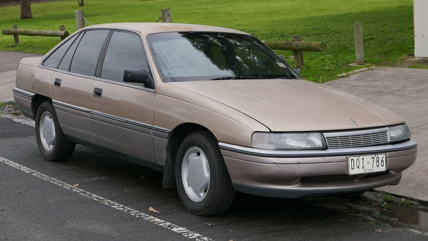 1988 Holden Calais (VN) sedan