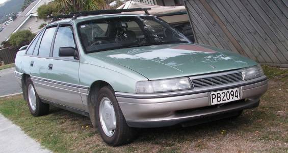 1990 Holden Calais (VN)