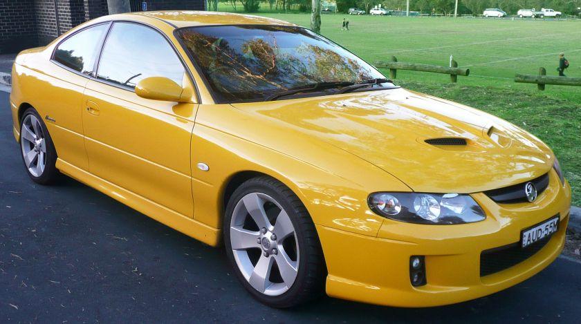 2004–2005 Holden VZ Monaro CV8 coupe