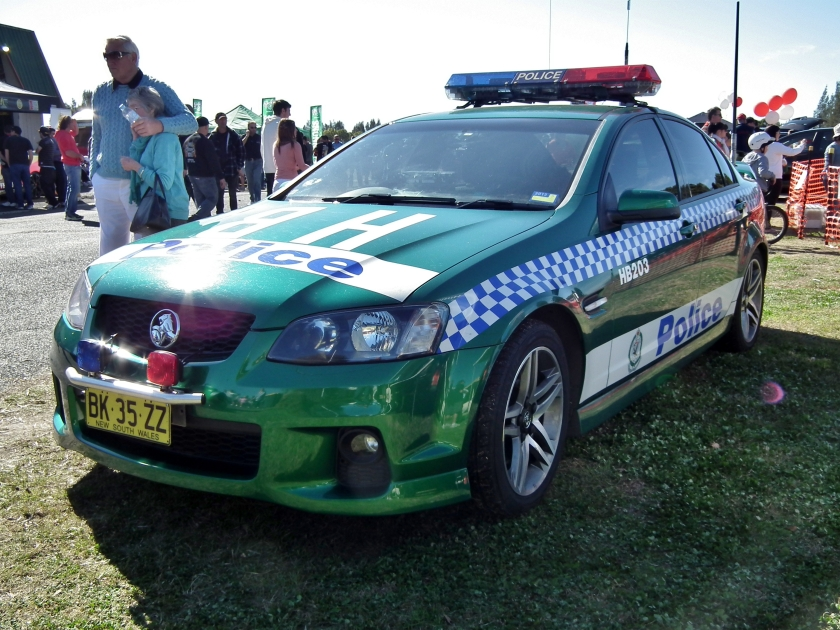 2011 Holden VE Commodore SS sedan - NSW Police