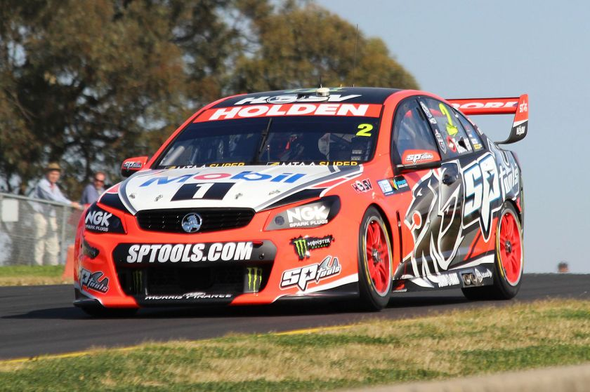 2015 Garth Tander driving a Holden VF Commodore for the Holden Racing Team in 2015