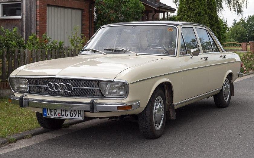 Audi 100 C1 4d