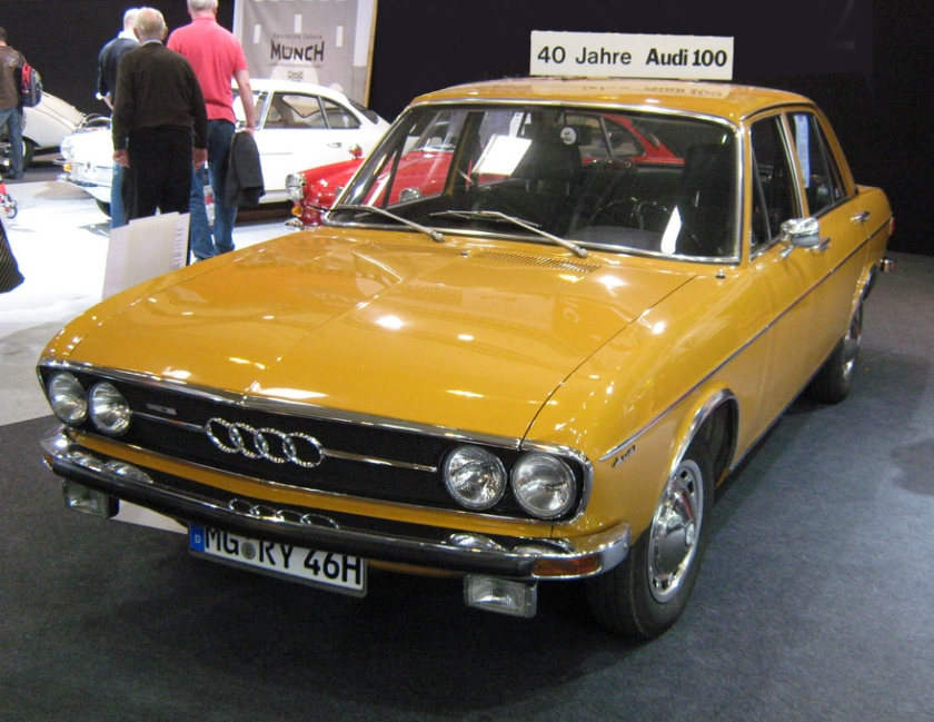 Audi 100 GL (1971–1973)