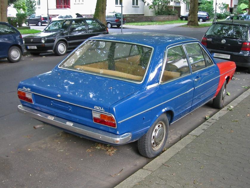 Audi 80 (B1) pre-facelift (rear)