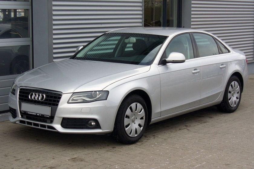 Audi A4 B8 Limousine Ambiente 2.0 TDI Eissilber