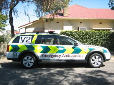 Holden Commodore Ambulance XIA904a