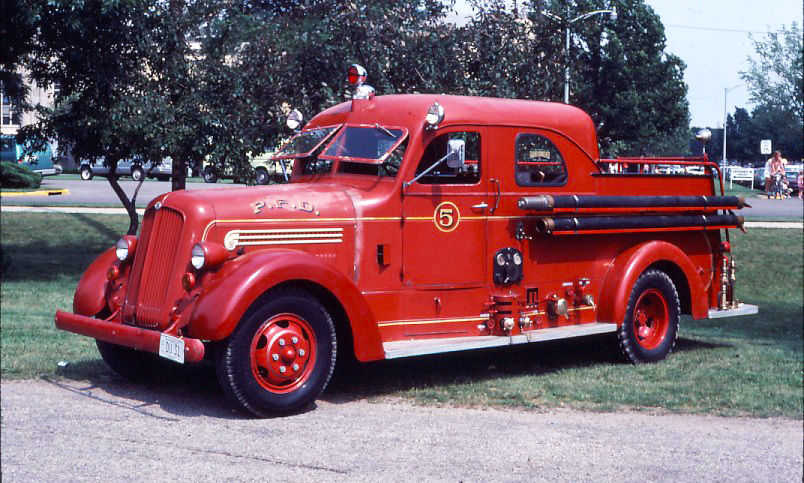 Hotchkiss fireengine