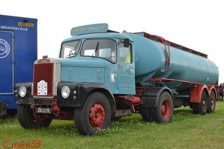 Scammell Highwayman 'Davis Bros (Haulage) Ltd' reg 210 GYR