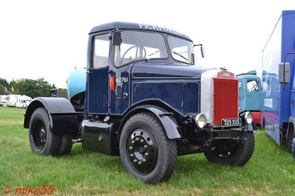 Scammell Highwayman 'Pickfords' reg 725 XUS