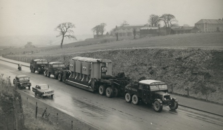 Scammell Pioneer and load Pickfords