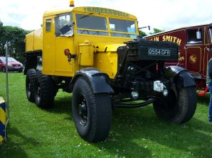 Scammell Pioneer (Q554 GFR) ballast tractor