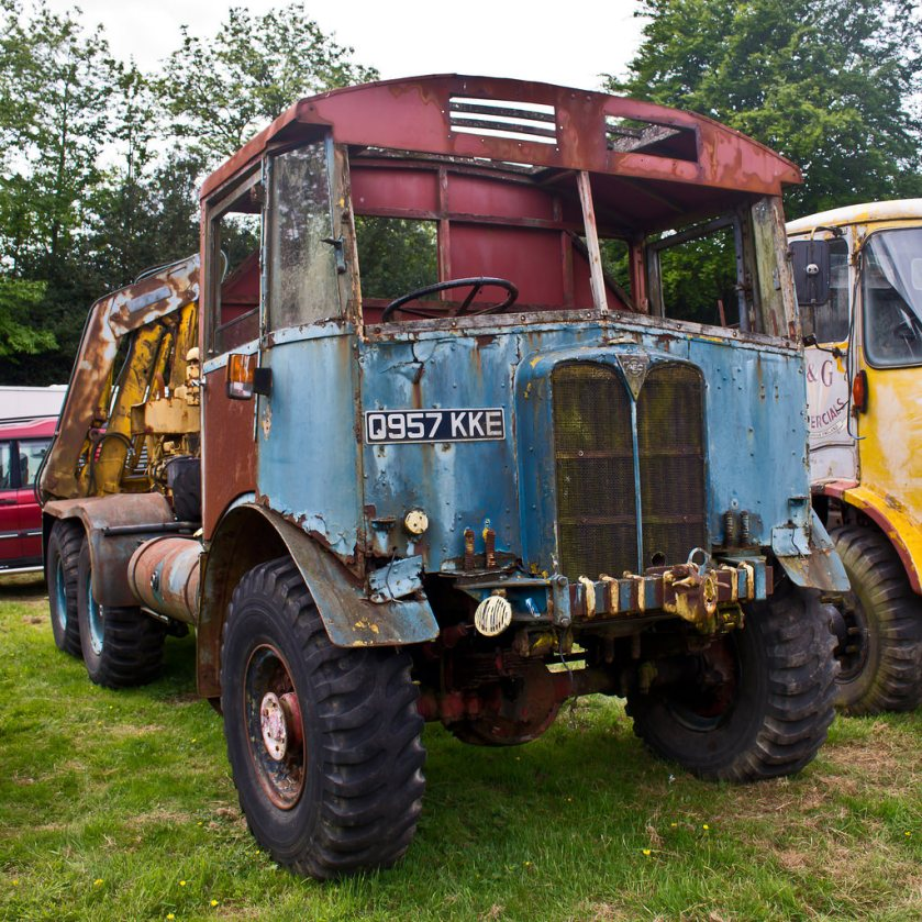 1940's AEC Matador recovery vehicle