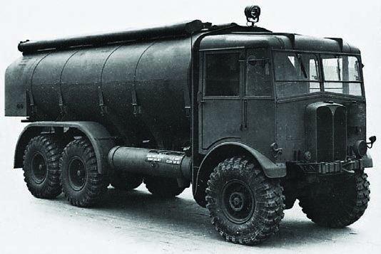1942 AEC-854, 6x6