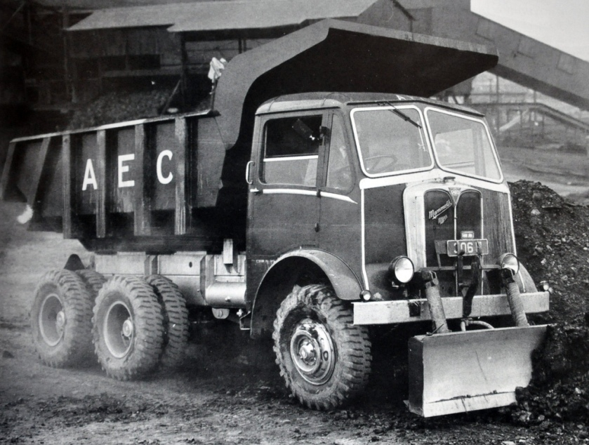 1952 AEC Mammoth Major 6 Wheel Tipper